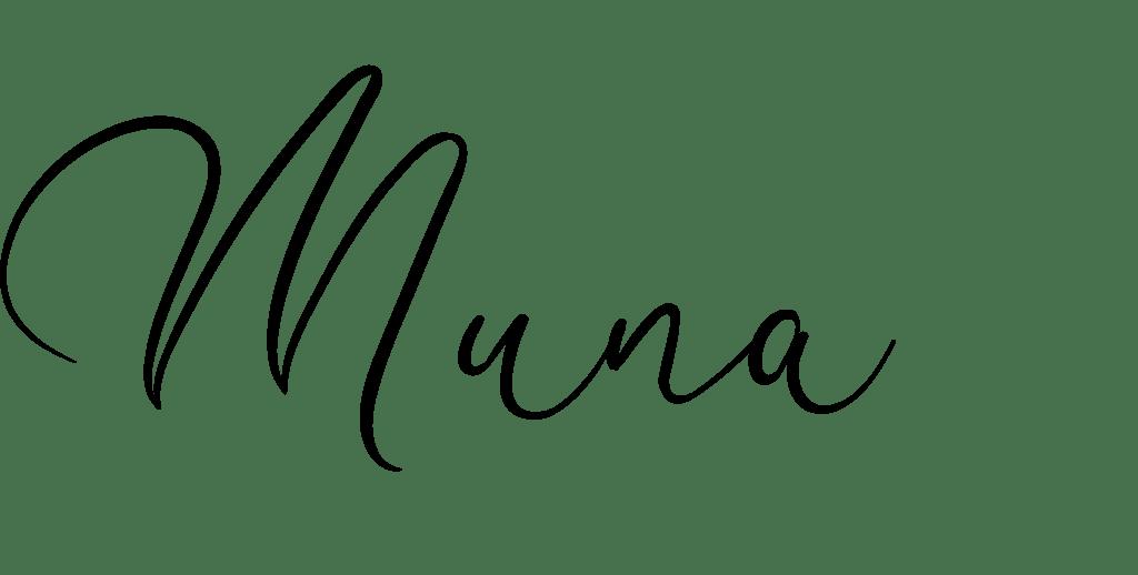 Muna's signature