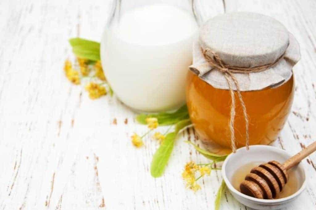 قناع العسل و الحليب - وصفات طبيعية لليدين - orchidfulifestyle