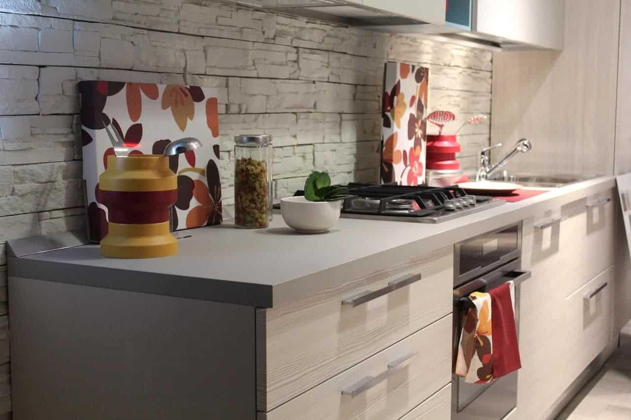 في المطبخ المخاطر في المنزل - orchidfulifestyle