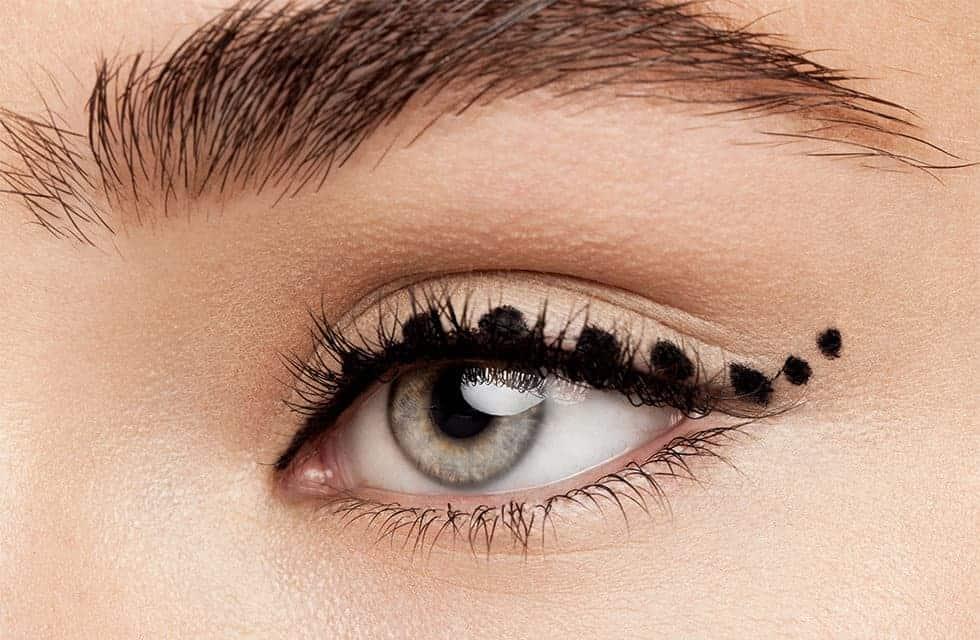 تحديد العيون بدون أخطاء - حيل و خدع - orchidfulifestyle