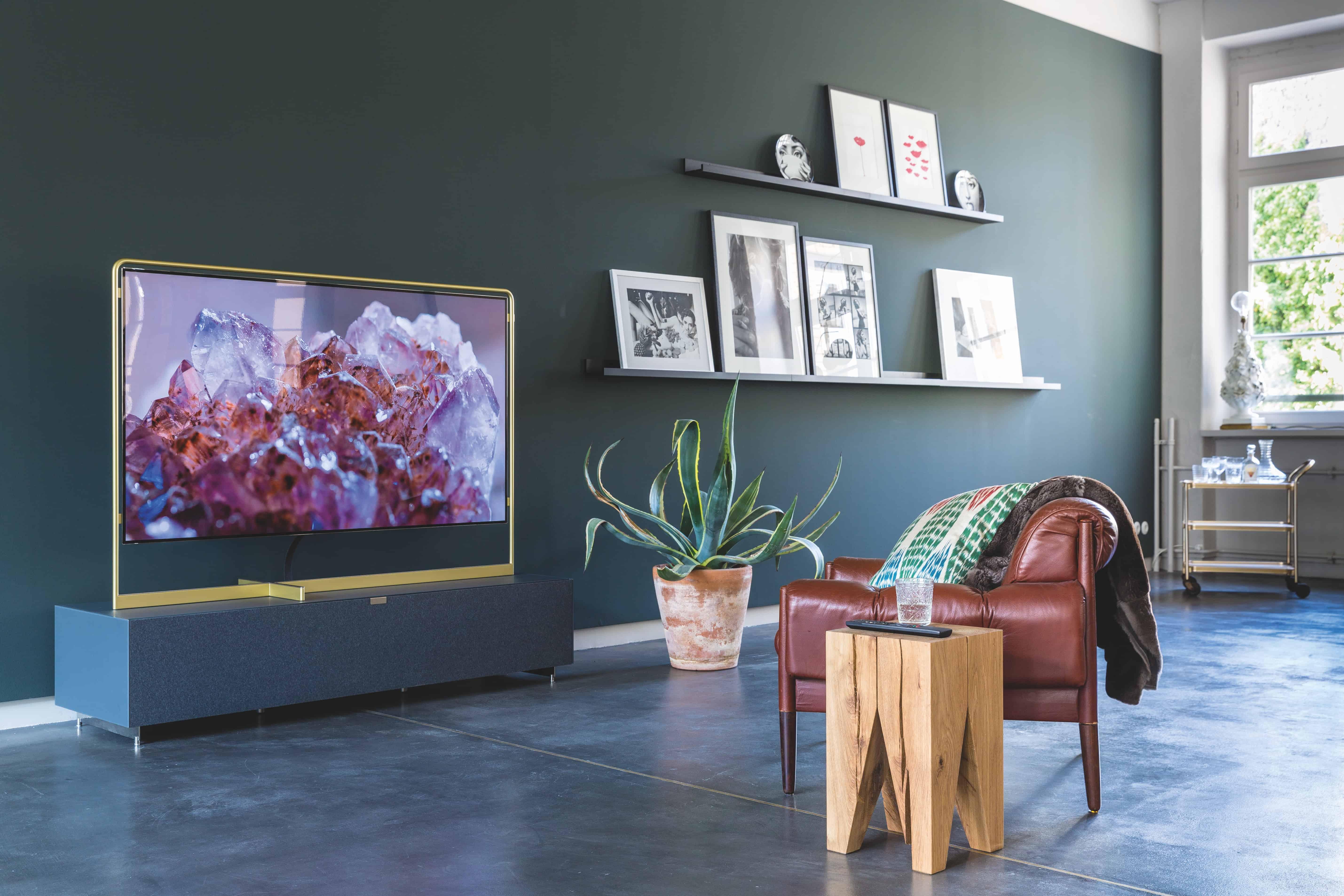 التلفاز أثناء القراءة-orchidfulifestyle