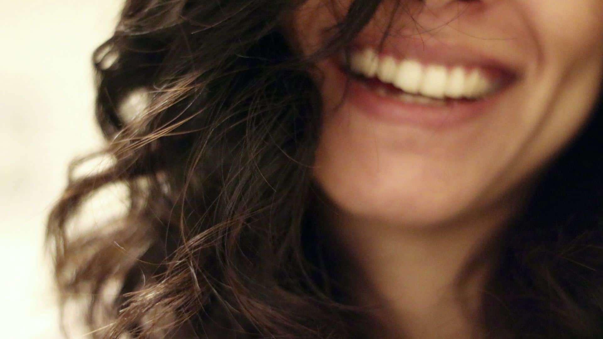 الابتسامة - المزاج السيء - orchidfulifestyle